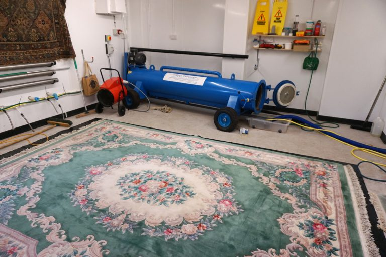 rug-cleaning-Blandford